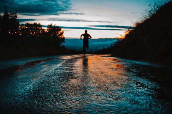 hardloopwedstrijd uitgesteld door coronavirus